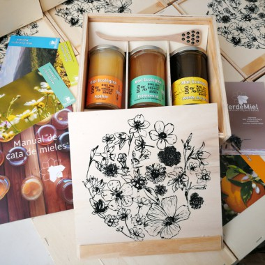 Gift box artisan organic honey